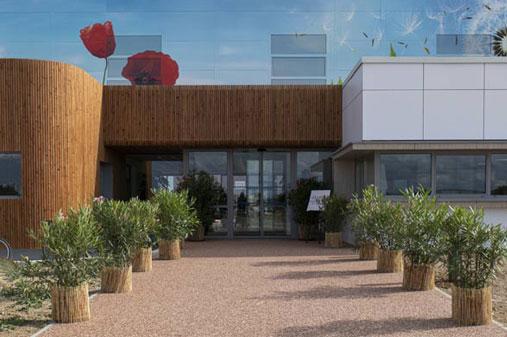Inauguration de la nouvelle usine cosmétique bio à Périgny